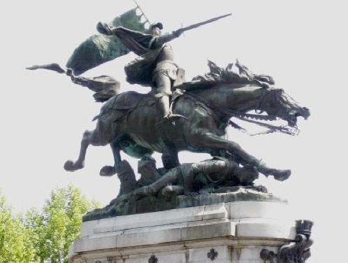 bronze statue of Joan of Arc on horseback in Chinon