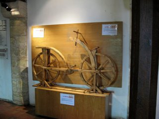 Model of bicycle at chateau Clos Luce