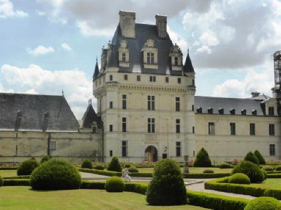front elevation of  Chateau de Valencay