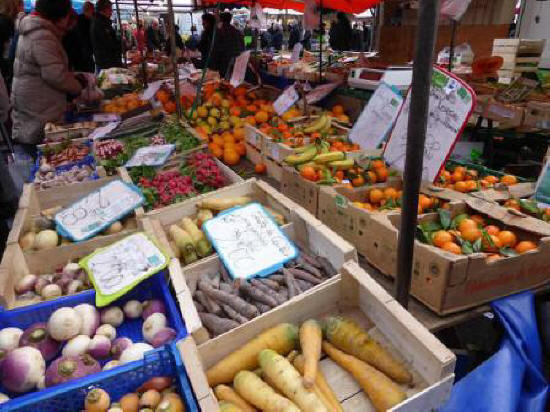 Amboise fruit and vegetable stall at their market