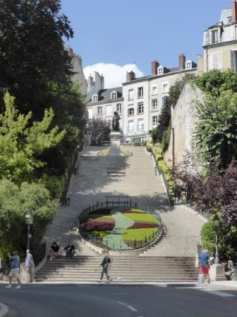 Denis Papin Steps in Blois