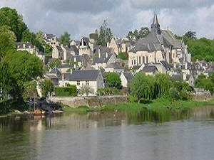 Candes-st-Martin on the banks of the Loire