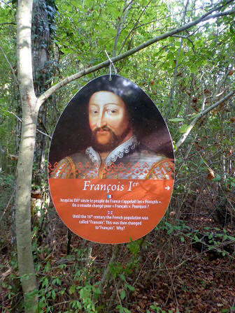 Francois I hanging in the portrait garden in the grounds of chateau Beauregard