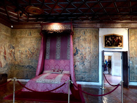 Five queens bedroom at Chateau de Chenonceau