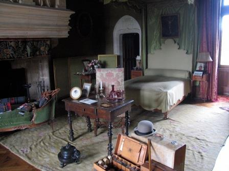 bedroom in Chateau de Montpoupon