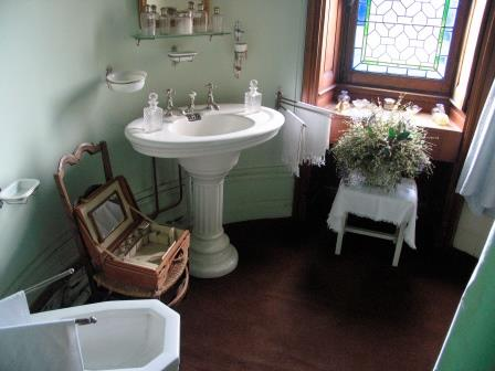 bafhroom in Chateau de Montpoupon in the Loire Valley in France