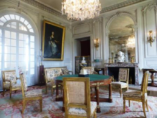 games room at Chateau de Valencay France