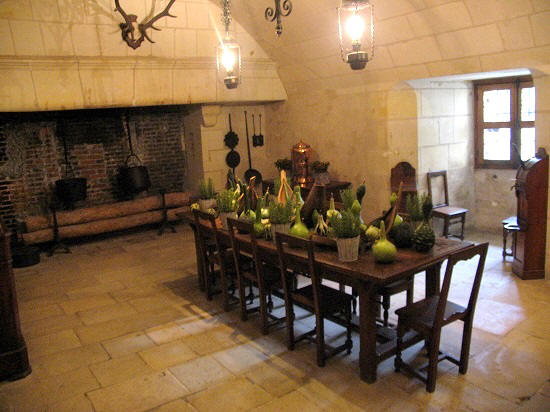 laid out kitchen table at Chateau de Chenonceau