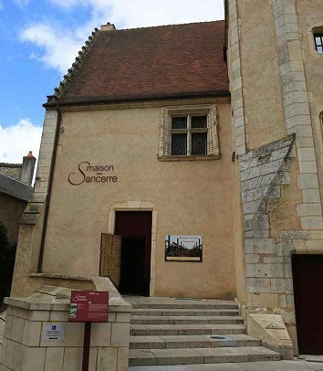Maison de Sancerre in the village of Sancerre itself