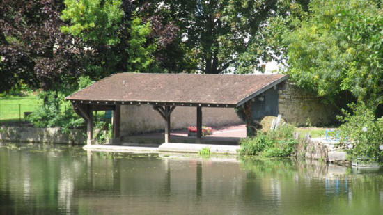 Lavoir on the river Indrois in Montresor