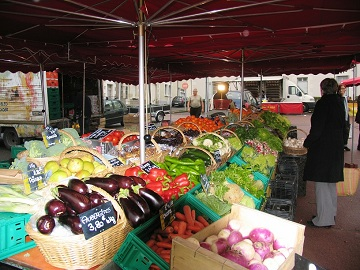 vegetable stall at  Descartes Market in Indre et Loire, France